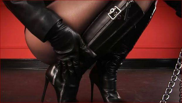 Mistress Nikita - My leather boots [FULL HD 1080p]