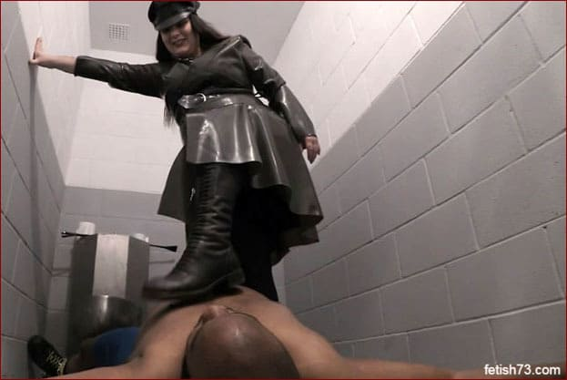 Serious Images - Mistress Alice - Footslut in private prison [HD 720p]