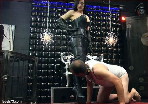 Mistress Nikita - Total obedience and humiliation from Mrs [HD 720p]