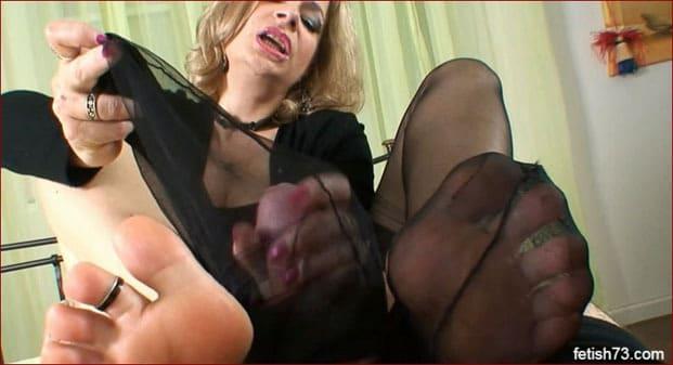 FeetLady Nicole - Porn footjob clip [FULL HD 1080p / Nicole24-cam]