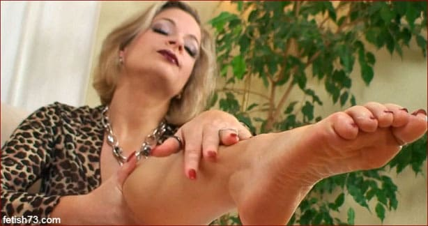 FeetLady Nicole - I love my feet [FULL HD 1080p]