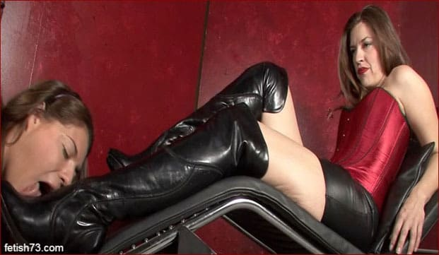 My beloved woman in leather boots [FULL HD 1080p]