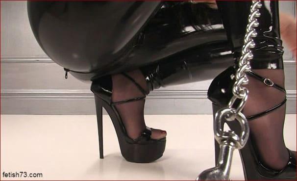 Mistress Nikita - Shoe Slave POV Video PT2 [HD 720p]