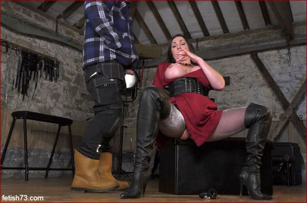 Masturbation and blowjob from busty milf in boots [FULL HD 1080p]