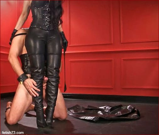Mistress Nikita video clip with domination over slave [FULL HD 1080p]