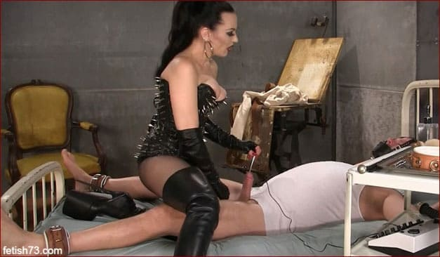 Mistress Nikita - Cock electro torture, sex video with Mrs in boots [FULL HD 1080p]